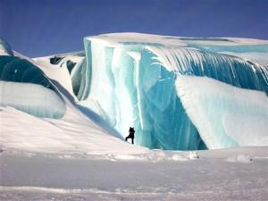 Замерзшее-цунами-11