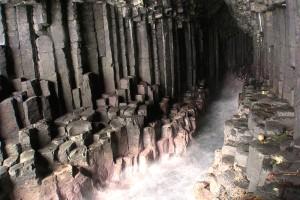 Фингалова пещера3