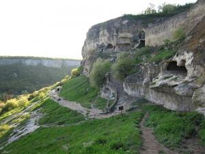 Пещера крепость Чуфут-Кале в Крыму