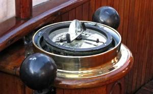 Корабельный компас