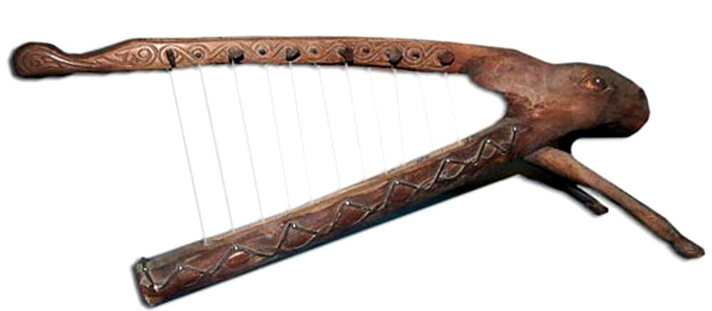 Древний многострунный инструмент
