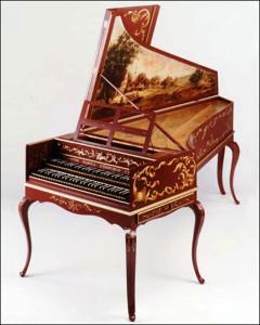 Старинный клавесин