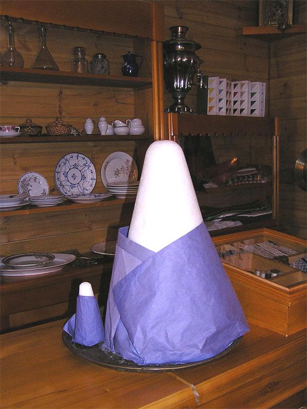 Сахарная голова-экспонат музея
